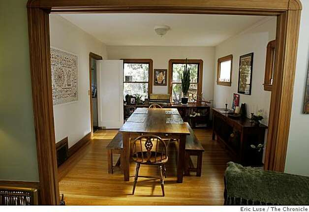 Annie Leonard's dining room  at her home in  Berkeley photographed on Friday, March 20, 2009. Photo: Eric Luse, The Chronicle