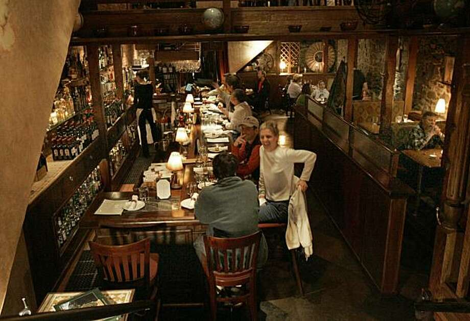 Pianeta restaurtant, eating at the bar, and diningroom. Photo: Penni Gladstone, The Chronicle