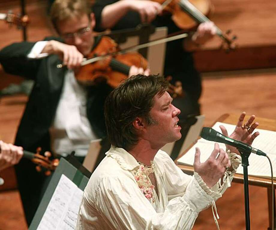 """Pop songsmith Rufus Wainwright appears with the SF Symphony to sing the premiere of his """"Five Shakespeare Sonnets"""" at Davies Symphony Hall in San Francisco, Calif., on Thursday, November 11, 2010. Photo: Liz Hafalia, The Chronicle"""