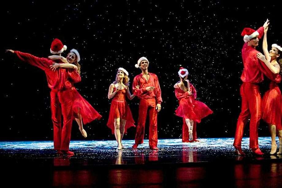 "Smuin Ballet's 2010 edition of ""The Christmas Ballet."" Photo: Scot Harben"