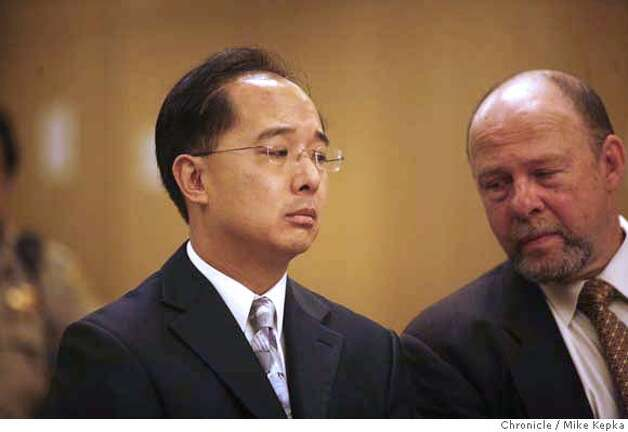 Ed Jew (left) appeared in San Francisco Superior Court dept. 22 for a hearing where he presented his new attorney, Stuart Hanlon (rt). Mike Kepka / The Chronicle Photo taken on 10/19/07, in San Francisco, CA, USA MANDATORY CREDIT FOR PHOTOG AND SAN FRANCISCO CHRONICLE/NO SALES-MAGS OUT Photo: Mike Kepka