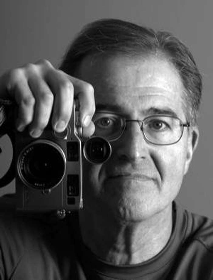 Chris Gulker, a former San Francisco Examiner photo editor and a self-described tech geek who was instrumental in introducing the digital publishing era to the newspaper industry, has died at his Menlo Park home after a four-year battle with brain cancer.  He was 59. Photo: Anne Knudsen