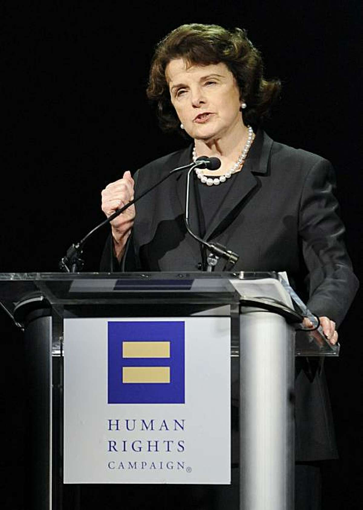 Senator Dianne Feinstein (D-CA) delivers the keynote speech at the Human Rights Campaign's 2009 Los Angeles Gala and Hero Awards, Saturday, March 14, 2009, in Los Angeles. (AP Photo/Gus Ruelas)