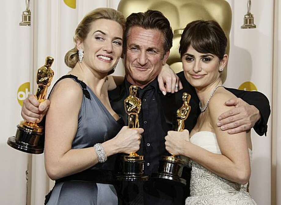 "From left, British actress Kate Winslet holds the Oscar for best actress for her work in ""The Reader"",  Sean Penn holds the Oscar for best actor for his work in ""Milk"", and Spanish actress Penelope Cruz holds the Oscar for best supporting actress for her work in ""Vicky Cristina Barcelona"" during the 81st Academy Awards Sunday, Feb. 22, 2009, in the Hollywood section of Los Angeles. (AP Photo/Matt Sayles) Photo: Matt Sayles, AP"