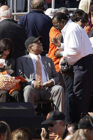 Former Giants baseball players Willie Mays (l to r) talks with Tito Fuentes before the ceremony at Civic Center Plaza after the World Series parade celebrating the San Francisco Giants win in the 2010 World Series on Monday, November 3, 2010 in San Francisco, Calif. Photo: Lea Suzuki, San Francisco Chronicle