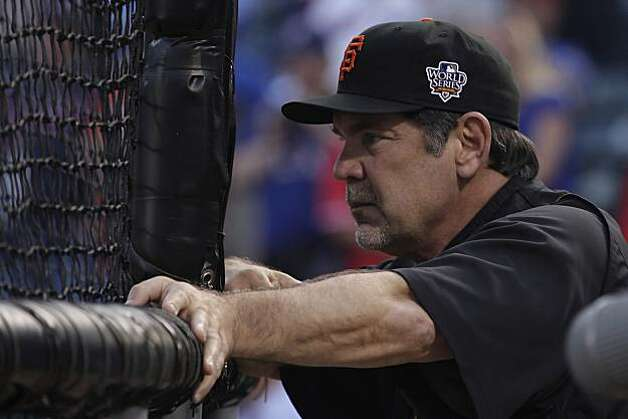 Giants manager Bruce Bochy watches batting practice before Game 5 of the World Series at Rangers Ballpark on Monday. Photo: Lea Suzuki, San Francisco Chronicle