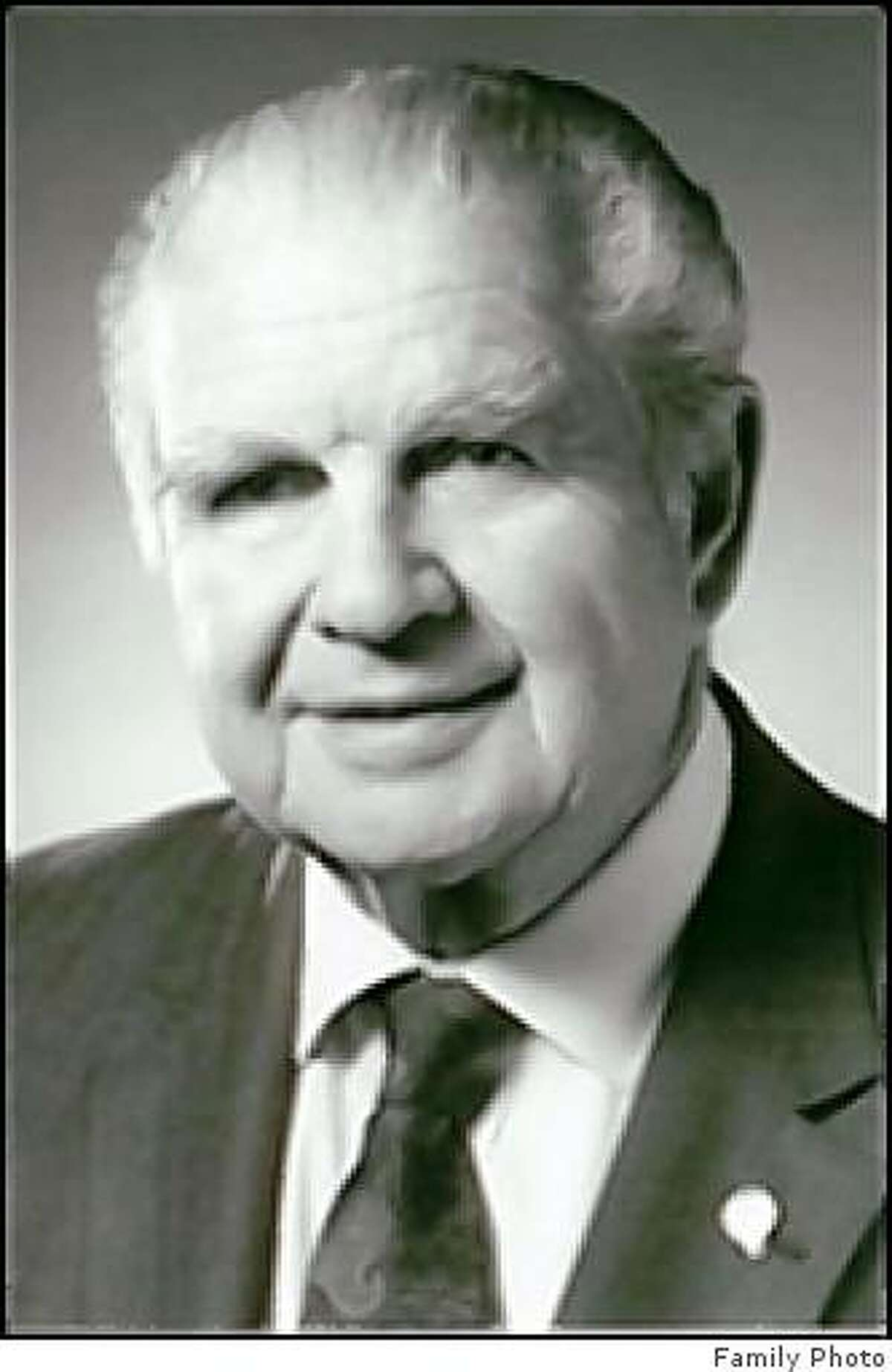 obit photo of Albin J. Gruhn Albin J. Gruhn long time resident of San Anselmo, CA, died on March 18, 2009 in Greenbrae, CA, surrounded by loved ones who were singing his favorite songs. Al was born on January 3, 1915 in Eureka, CA. He became a major figure in the labor movement of California, a calling he devoted himself to with enormous passion and constant optimism