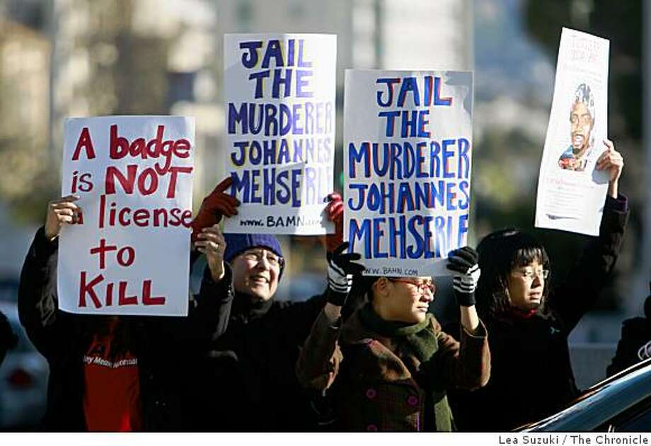 Maria Belman of Oakland (left), Joyce Schon of Detroit, Gabriella Monico of Berkeley and Yvette Felarca of Oakland demonstrate outside of Alameda County Superior Court in Oakland, Calif. on Monday, March 23, 2009.  A judge postponed a preliminary hearing today for Johannes Mehserle, the former BART police officer accused of murdering an unarmed rider on New Year's Day, after a defense attorney expressed concern about the case going to court in the aftermath of the killings of four Oakland police officers over the weekend. Photo: Lea Suzuki, The Chronicle