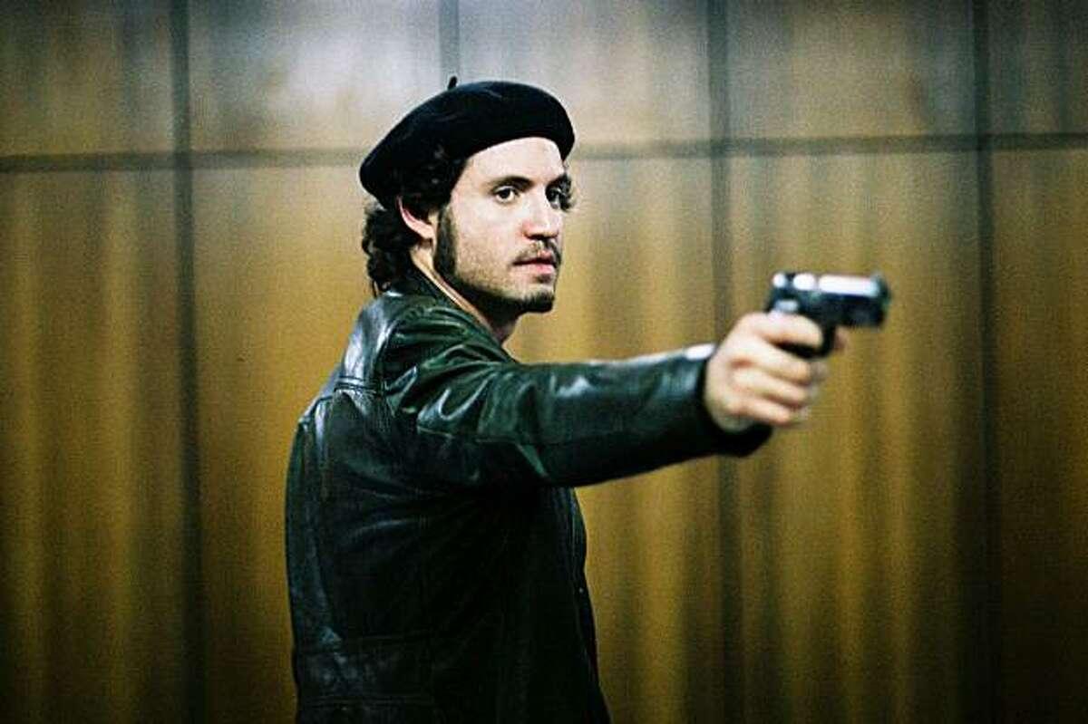 Edgar Ramirez in Olivier Assayas'