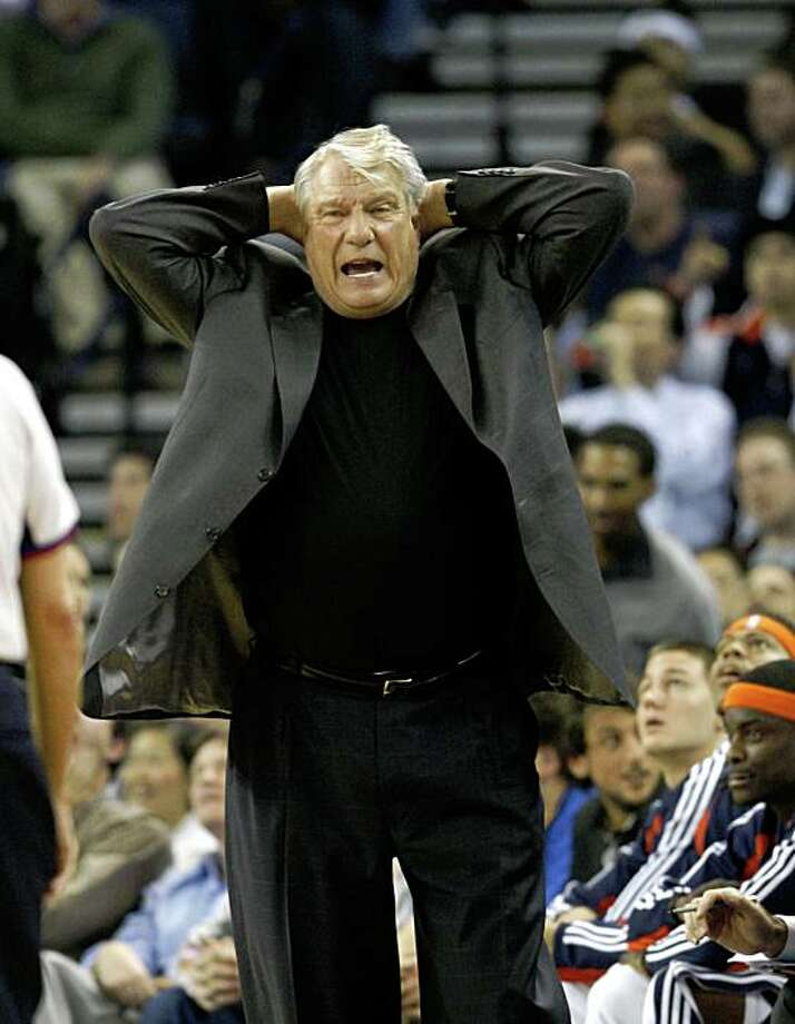 Golden State Warriors head coach Don Nelson reacts during a NBA game against the San Antonio Spurs at Oracle Arena in Oakland, Calif., on Monday, February 2, 2009. Warriors lost in overtime. Photo: Michael Maloney, The Chronicle