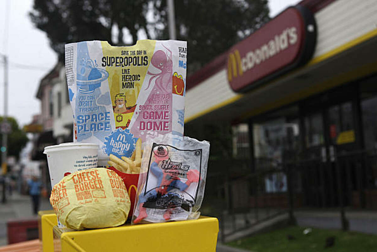 A cheeseburger Happy Meal is seen in San Francisco, Calif. on Tuesday August 10, 2010. Supervisor Eric Mar wants to ban fast food restaurants from offering toys and prizes in meals geared toward children and teens unless the meals have less than 600 calories.