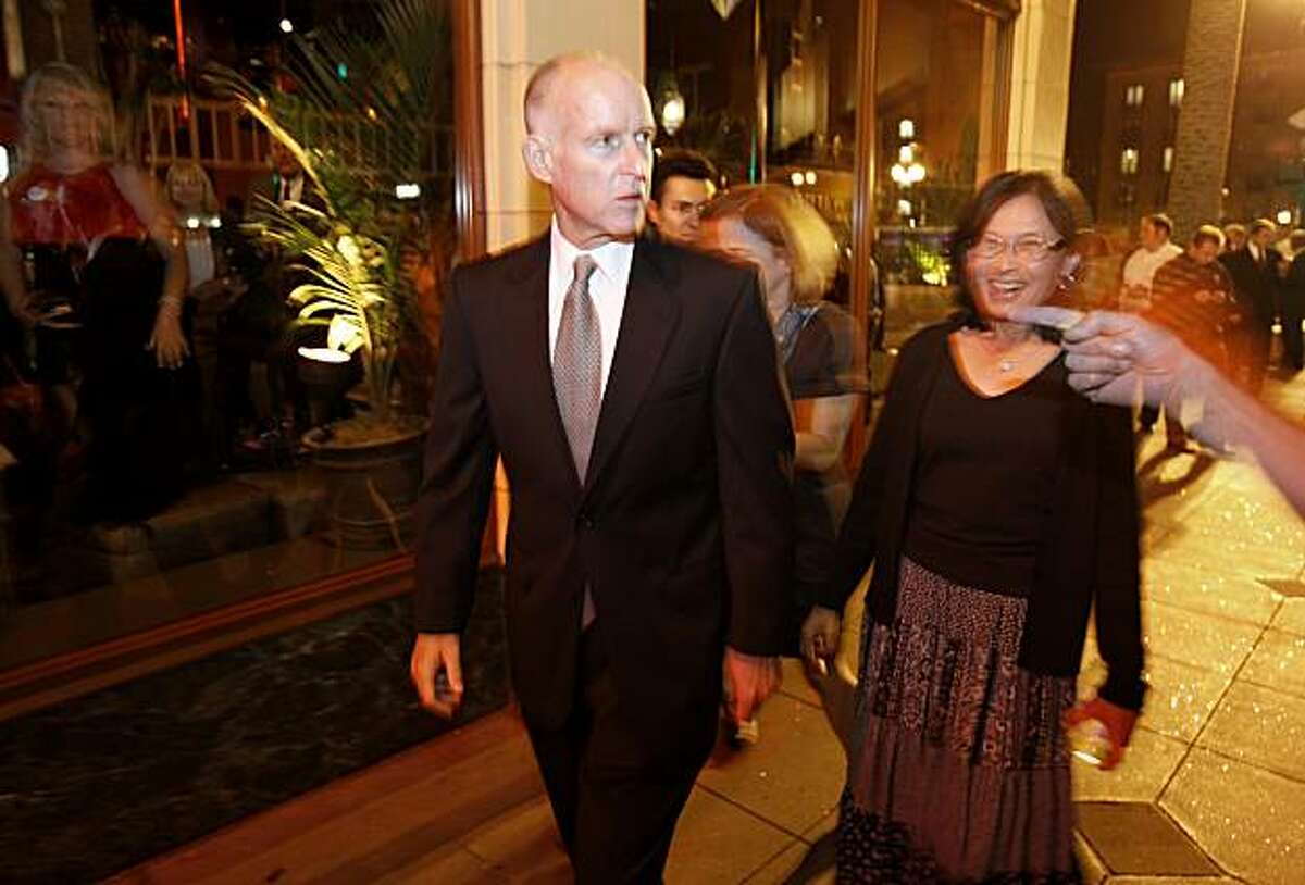 People on Telegraph Avenue were surprised to see the candidate Jerry Brown walk by. Former California Governor and now gubernatorial candidate Jerry Brown arrived at the Fox Theatre in Oakland, Calif. after the polls closed in California.