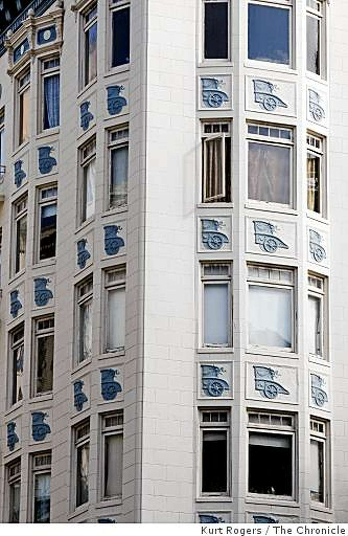 Historic Richness of the Tenderloin. 400 Hyde Ben Hur apartments on Friday Mar 13, 2009 in San Francisco , Calif