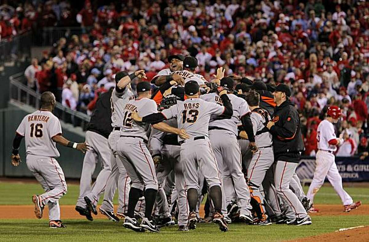 The Giants celebrate their victory over the Phillies in Game 6 of the NLCS on Saturday at Citizens Bank Park in Philadelphia.