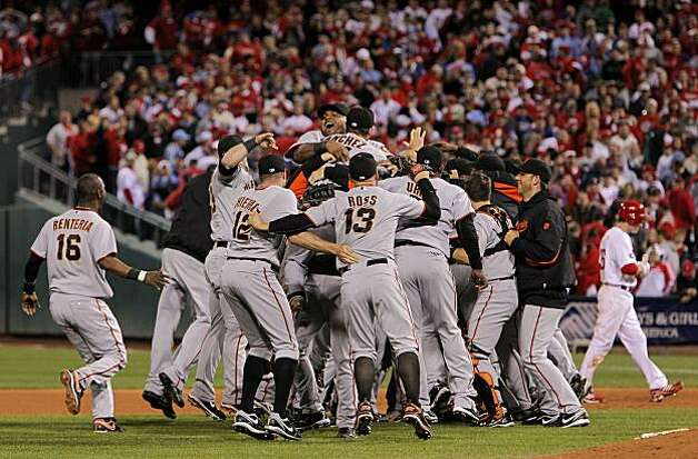 The Giants celebrate their victory over the Phillies in Game 6 of the NLCS on Saturday at Citizens Bank Park in Philadelphia. Photo: Michael Macor, The Chronicle