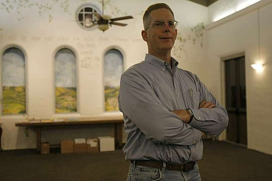 After 19 months of unemployment, Bob Sutterfield is back at work.  Bob Sutterfield at the Saratoga Federated Church in Saratoga, Calif., on Oct. 21, 2010. Photo: Michelle Gachet, The Chronicle
