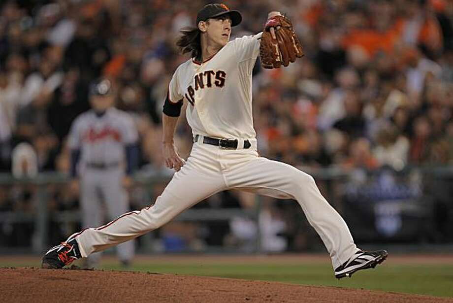 Tim Lincecum pitching in the first inning as the San Francisco Giants take on the Atlanta Braves  in Game 1 of the National League Division Series at AT&T Park in San Francisco, Calif., on Thursday, October 7, 2010. Photo: Michael Macor, The Chronicle