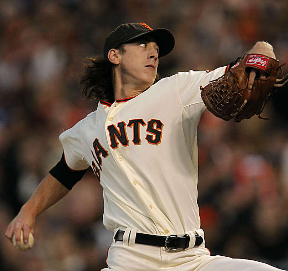 Giants starting pitcher Tim Lincecum, throws in the first inning, during game one of the National League Division Series between the San Francisco Giants and Atlanta Braves at AT&T Park in San Francisco, Calif., on Thursday Oct. 7, 2010. Photo: Michael Macor, The Chronicle