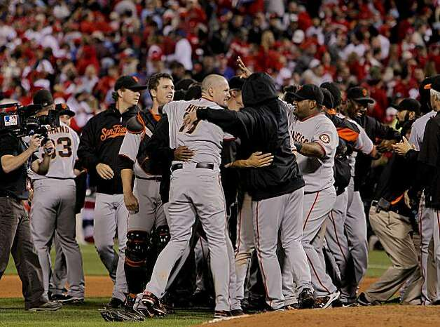 The Giants celebrate their 3-2 victory over the Phillies in Game 6 of the NLCS on Saturday at Citizens Bank Park in Philadelphia. Photo: Michael Macor, The Chronicle