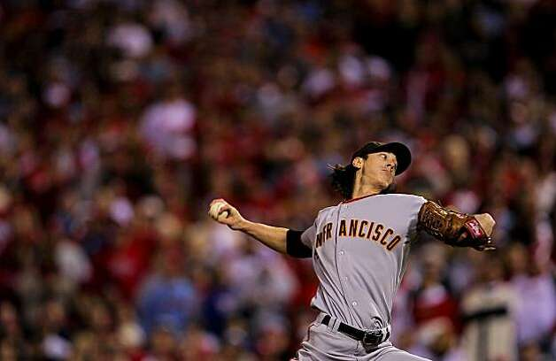 Giants pitcher Tim Lincecum came in as relief in the eighth inning of Game 6 of the NLCS on Saturday at Citizens Bank Park in Philadelphia. Photo: Michael Macor, The Chronicle