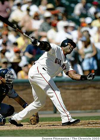 Barry Bonds takes a strike swinging at Pacific Bell Park as the San Francisco Giants lose to the Milwaukee Brewers. Photo: Deanne Fitzmaurice, The Chronicle 2003