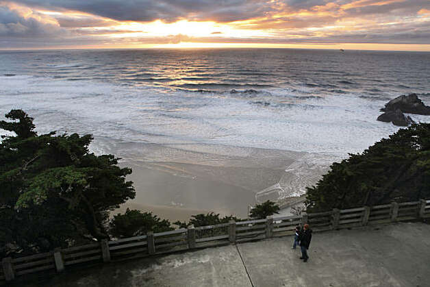 The view of the Pacific Ocean from the parapet in Sutro Heights Park draws many visitors. In 1885 Adolph Sutro opened the Heights to the public who were encouraged to wander the gardens, breath the sea air and gaze at the exploding waves. In the 1920s Sutro Heights was given to the city, and today it is managed by the Golden Gate National Recreation Area as Sutro Heights Park. Photo: Carlos Avila Gonzalez, The Chronicle