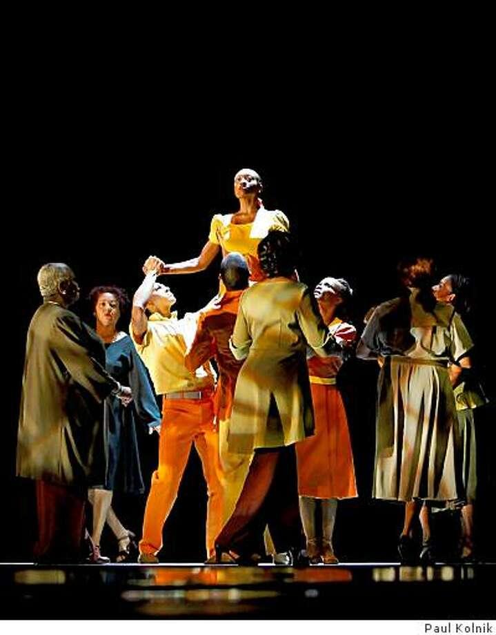Go In Gracew/ Sweet Honey In The RockChoreography:  Hope BoykinAlvin Ailey - American Dance Theater9/04/08 Photo: Paul Kolnik