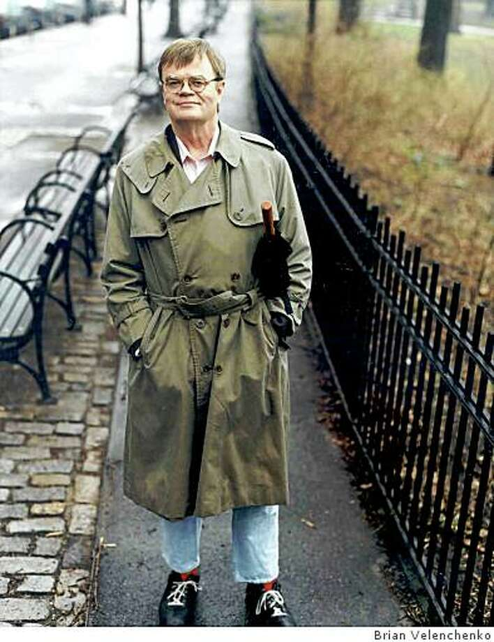 """""""Garrison Keillor: The Man on the Ardio in the Red Shoe,"""" a 2008 documentary by Peter Rosen. Photo: Brian Velenchenko"""
