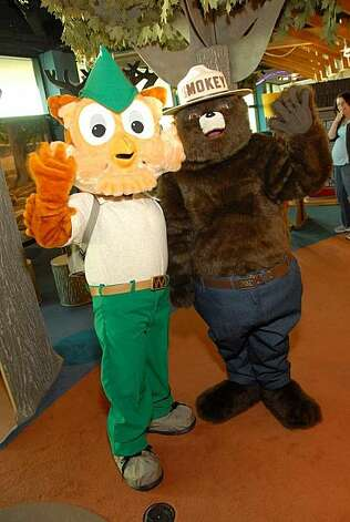 The new models of Woodsy Owl and Smokey Bear entertain children at the Bay Area Discovery Museum in Sausalito. Photo: Bay Area Discovery Museum