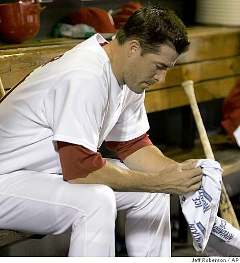 St. Louis Cardinals relief pitcher Mark Mulder sits on the bench after being pulled out of the baseball game during the seventh inning against the New York Mets, Wednesday, July 2, 2008, in St. Louis. (AP Photo/Jeff Roberson) Photo: Jeff Roberson, AP