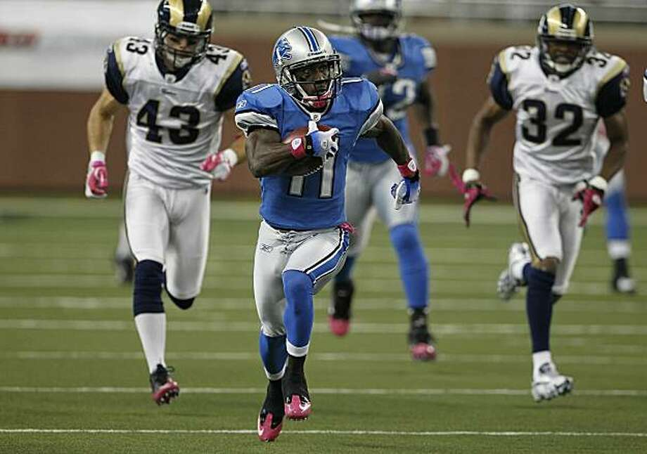 DETROIT - OCTOBER 10:  Stefan Logan #11 of the Detroit Lions returns a second quarter kickoff 105 yards during the game against the St. Louis Rams at Ford Field on October 10, 2010 in Detroit, Michigan. Photo: Leon Halip, Getty Images