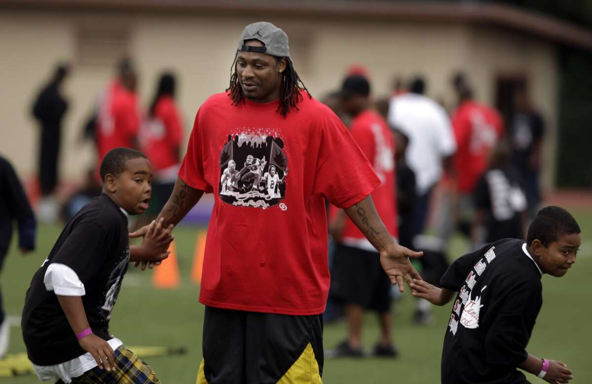 Marshawn Lynch, the Buffalo Bills star running back who played with Oakland Tech and UC Berkeley, was at Oakland Tech for a kids football camp on Saturday, July 12, 2008 in Oakland, Calif. Photo by Kurt Rogers / The Chronicle.