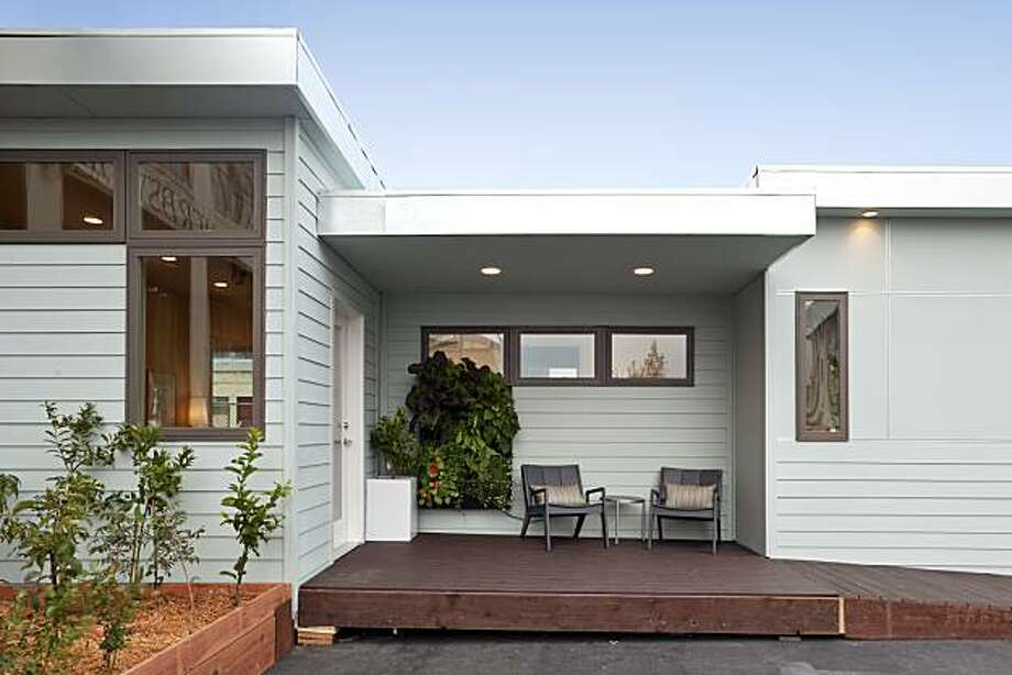 Larson Shores Architects' prototype in-law cottage. Photo: Mark Luthringer
