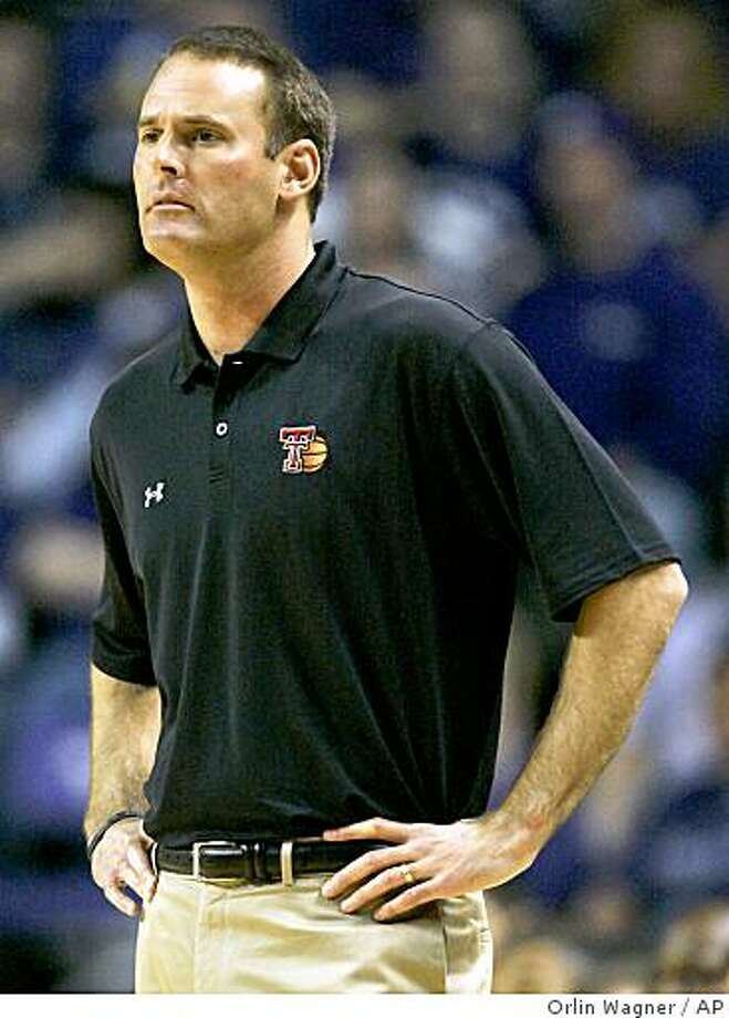 Texas Tech coach Pat Knight watches his team during the first half of their NCAA college basketball game against Kansas State in Manhattan, Kan., Wednesday, Feb. 11, 2009. Photo: Orlin Wagner, AP