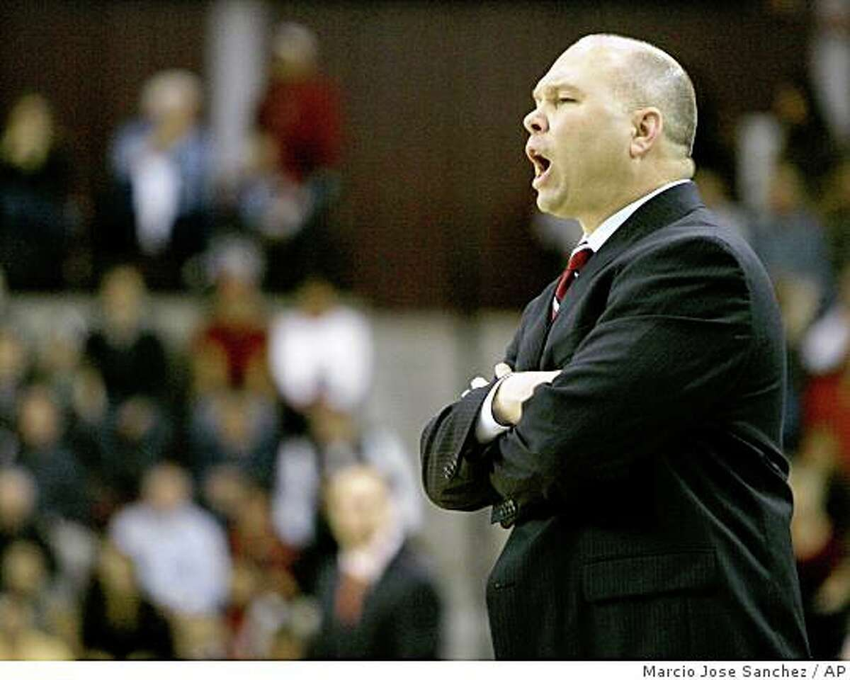 St. Mary's head coach Randy Bennett instructs his team as they play Santa Clara in the second half of a college basketball game in Santa Clara, Calif., Monday, Feb. 11, 2008. St. Mary's won 54-50.