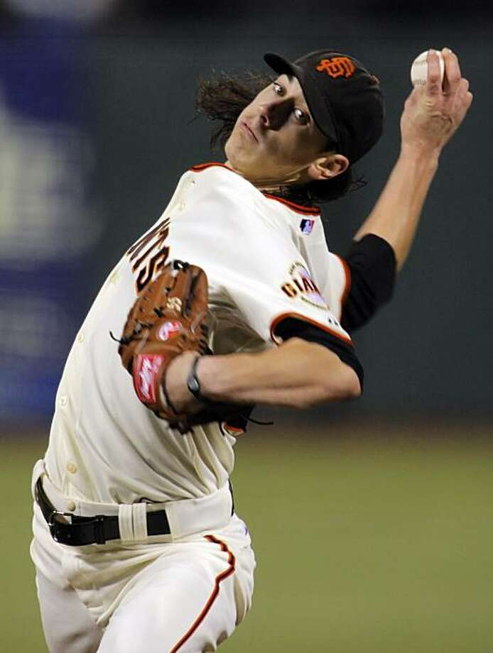 Tim Lincecum pitched a complete game shutout against the Mets on Thursday at AT&T Park. Photo: Carlos Avila Gonzalez, The Chronicle