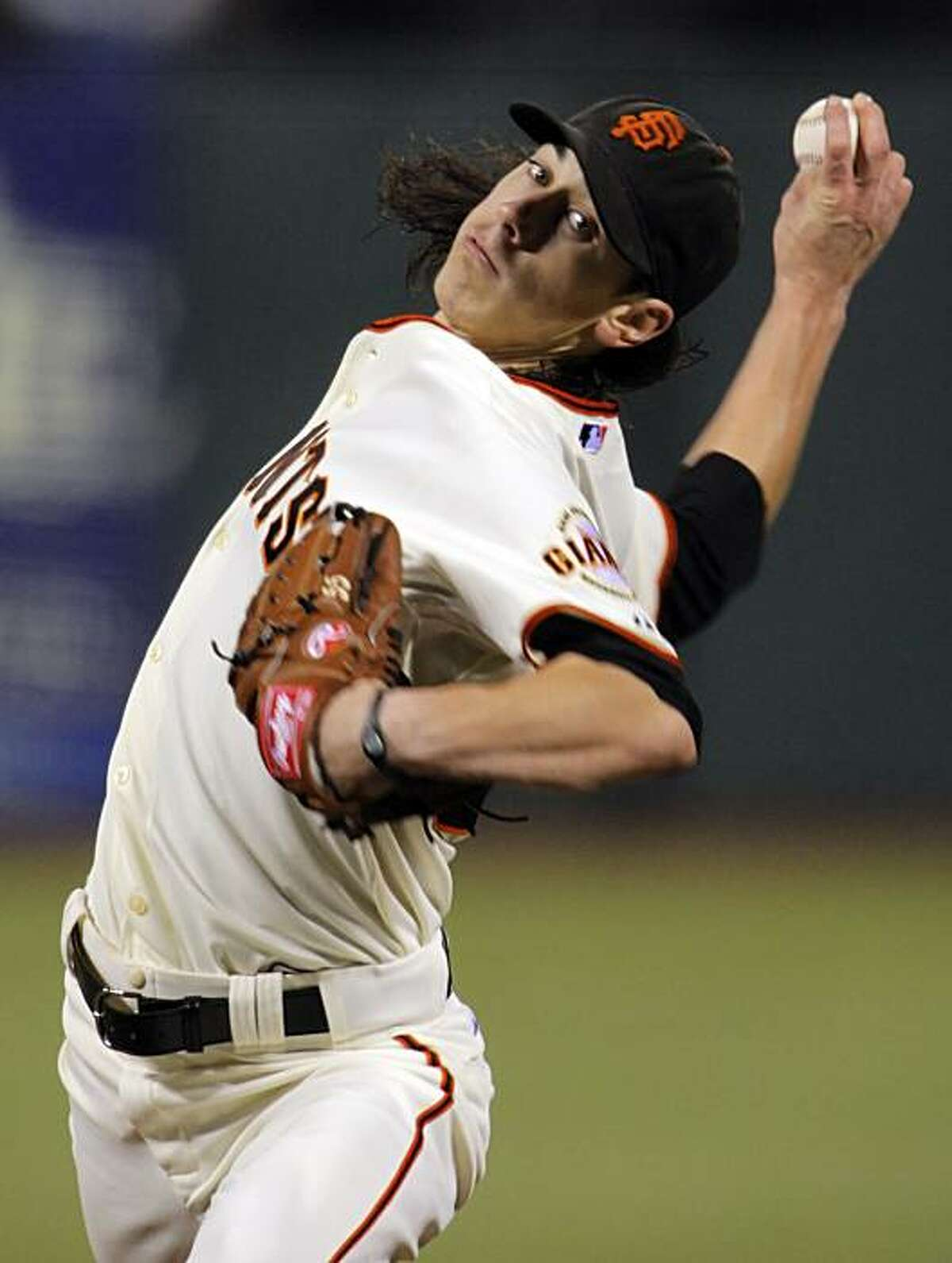 Tim Lincecum pitched a complete game shutout against the Mets on Thursday at AT&T Park.