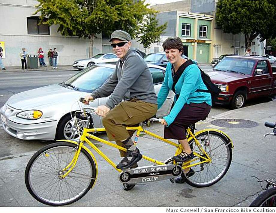 Tandem cyclists, (l-r) Dough Lohf and Rhaetia Hanscum. Photo: Marc Caswell, San Francisco Bike Coalition