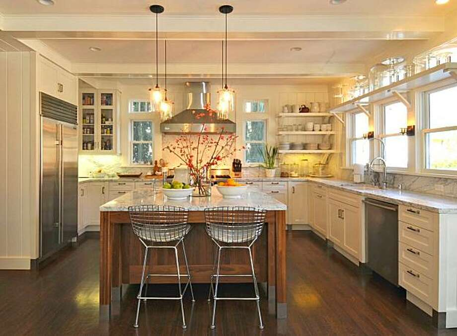 Kitchen by Katie Denham from the designer's blog Katie-d-i-d.blogspot.com. Photo: Rudy Calpo