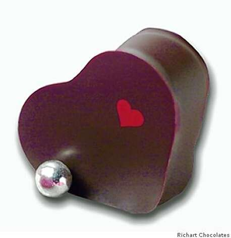 The heart pearl bonbon belongs to our Valentine collection 2009. Photo: Richart Chocolates