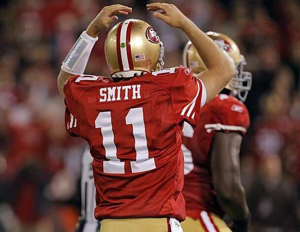 49ers quarterback Alex Smith reacts to a call of incomplete on a two-point conversion. The call was overturned on review and the 49ers tied the game with 1:19 left to play Monday. Photo: Carlos Avila Gonzalez, The Chronicle