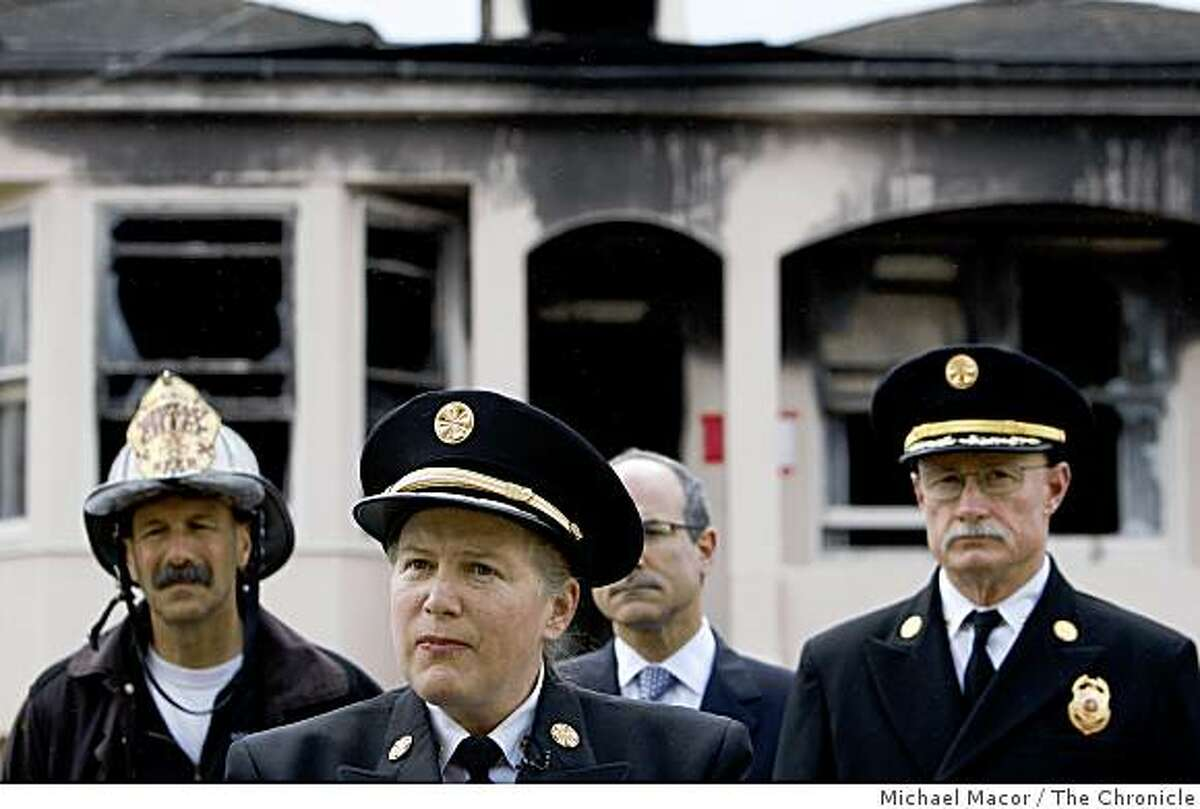 San Francisco Fire Chief Joanne Hayes-White talks about a Thursday morning fire at 627 Felton St. A roof collapse left one firefighter with life-threatening.