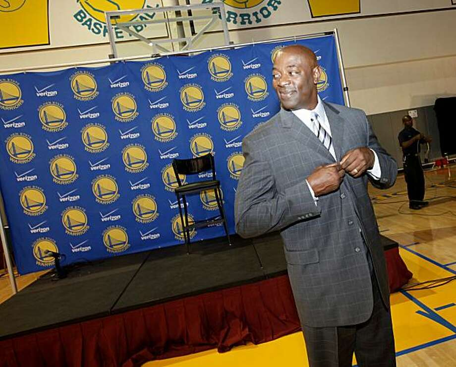 New Warriors coach Keith Smart got ready to face the media. The Golden State Warriors held their annual media day Monday September 27, 2010 in Oakland, Calif. where they introduced their new head coach, Keith Smart. Photo: Brant Ward, The Chronicle
