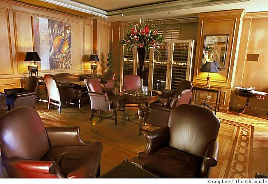The new Ritz-Bar at the Ritz-Carlton Hotel in San Francisco, Calif., on February 3, 2009. Photo: Craig Lee, The Chronicle