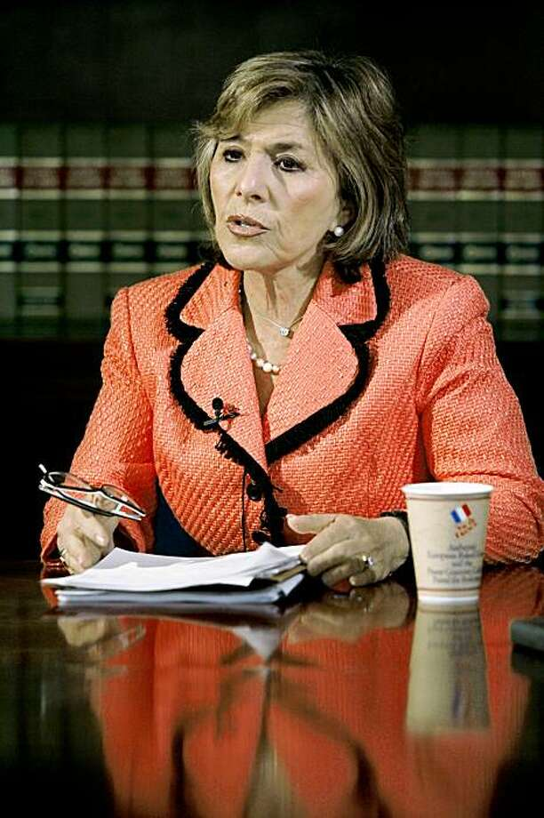Sen. Barbara Boxer, D-Calif., the incoming chairman of the Senate Environment Committee, takes part in an interview with The Associated Press in Washington, Tuesday, Dec. 5, 2006. (AP Photo /Jacquelyn Martin) Photo: Jacquelyn Martin, AP