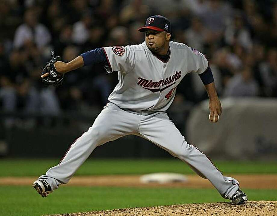 CHICAGO - SEPTEMBER 14: Starting pitcher Francisco Liriano #47 of the Minnesota Twins delivers the ball against the Chicago White Sox at U.S. Cellular Field on September 14, 2010 in Chicago, Illinois. Photo: Jonathan Daniel, Getty Images