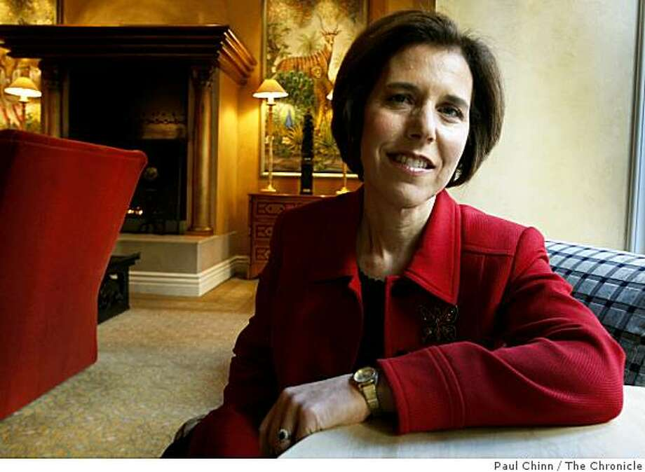 "Dr. Judith Beck sits in the lobby of the Hotel Monaco in San Francisco, Calif., on Thursday, Jan. 15, 2009. Beck authored a book on nutrition titled, ""The Complete Beck Diet for Life"". Photo: Paul Chinn, The Chronicle"