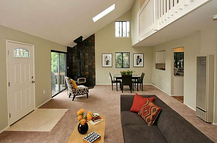 1403 Arch for Featured Open Homes. Photo: Courtesy Liz Rusby, The Grubb Co.