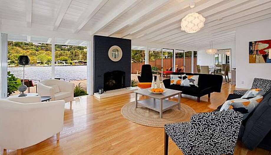 8 Windward for Featured Open Homes. Photo: Courtesy David Ogden, McGuire Real Estate