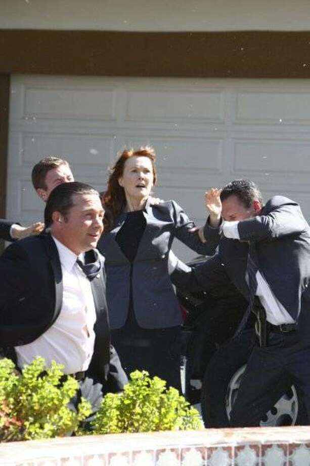 THE EVENT -- Pilot -- Pictured: (center) Laura Innes as Sophia Maguire. Photo: Trae Patton, NBC